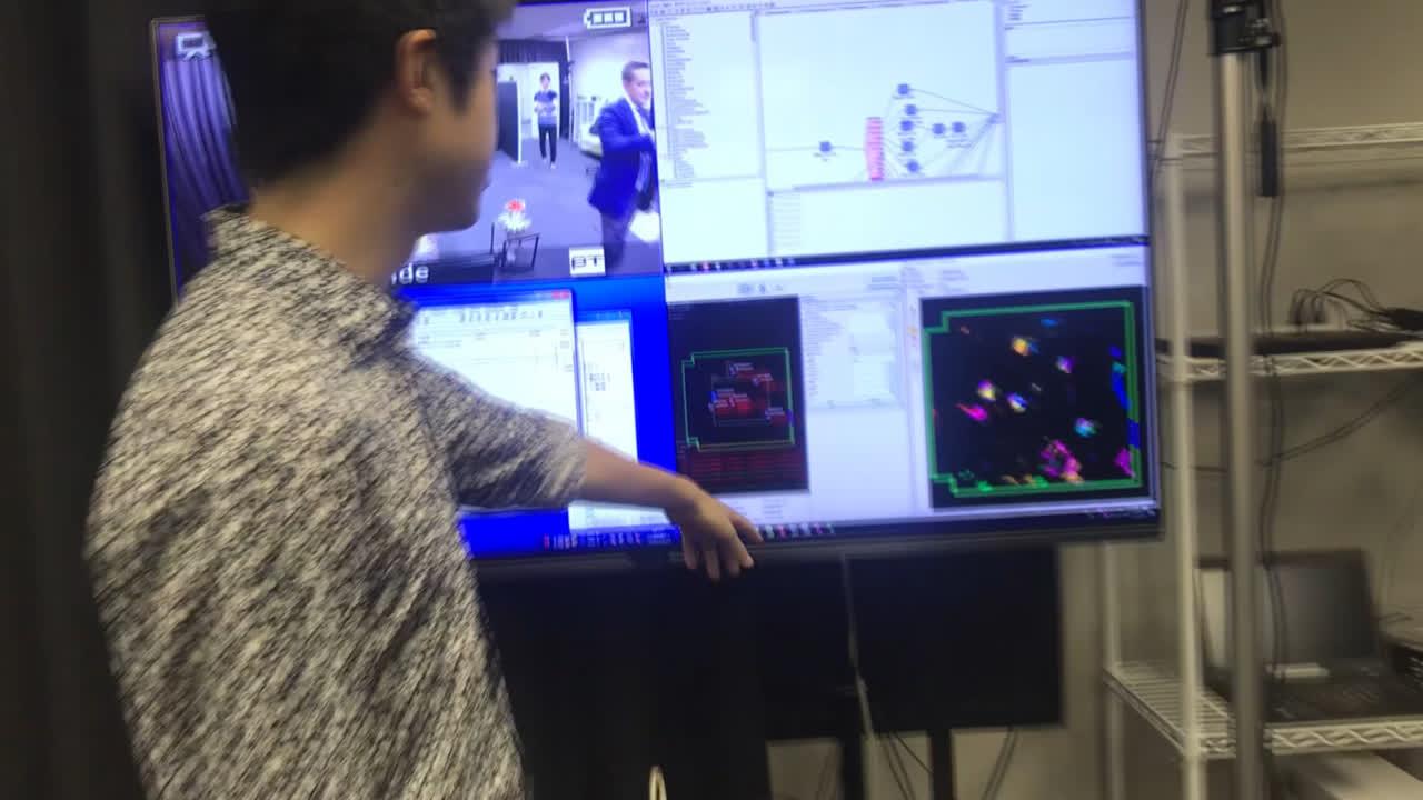 Visitando el laboratorio del Prof. Ishiguro y a Geminoid (3)