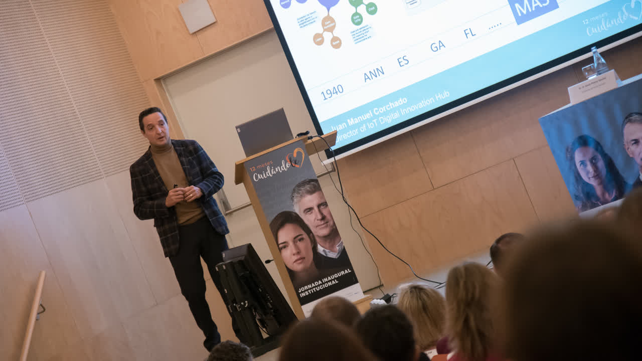 Conferencia Inaugural del Programa 12 meses CuidándoT: IA en biomedicina